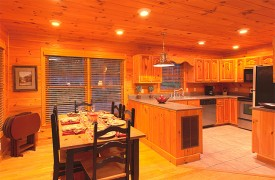 Skydance | Cabin Rentals of Georgia | Dining Area For 6