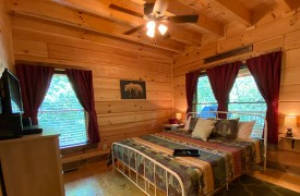 Lazy Creek Retreat | Cabin Rentals of Georgia | King Suite on Main Level