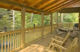 Crooked Creek Cabin | Cabin Rentals of Georgia | Main Deck Overlooks Creek