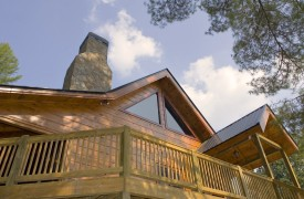 Crooked Creek Cabin | Cabin Rentals of Georgia | Spacious And Open Deck