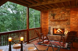 A Rolling River Cabin | Cabin Rentals of Georgia | Dine Near the Fire
