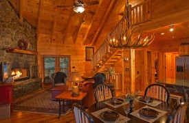 Crooked Creek Cabin | Cabin Rentals of Georgia | Cozy Living Room