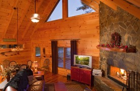 Crooked Creek Cabin | Cabin Rentals of Georgia | Luxurious Living Room