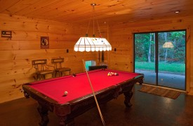 Crooked Creek Cabin | Cabin Rentals of Georgia | Terrace Level Billiards Room