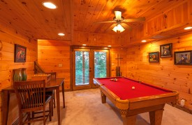 Blue Horizon Lodge | Cabin Rentals of Georgia | Terrace Level Game Area