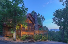 Blue Horizon Lodge | Cabin Rentals of Georgia | Beautiful Blue Ridge Mountains
