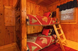 Time Flies | Cabin Rentals of Georgia | Main Level Bunk Beds