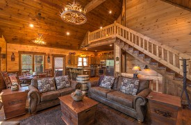 Aska Escape Lodge | Blue Ridge Cabins | Aska Adventure Area Cabin Rentals | Cabin Rentals of Georgia | Living Area