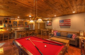 Aska Escape Lodge | Blue Ridge Cabins | Aska Adventure Area Cabin Rentals | Cabin Rentals of Georgia | Billiards