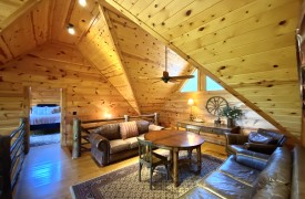 Outlaw Ridge | Cabin Rentals of Georgia | Upstairs 2 Queen Suites Flanking Loft