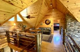 Outlaw Ridge | Cabin Rentals of Georgia | Furnished Loft