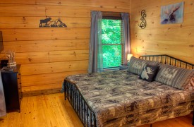 Lazy Creek Retreat | Cabin Rentals of Georgia | Second King Suite on Main level