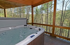 Aska Escape Lodge | Cabin Rentals of Georgia | Hot Tub Views