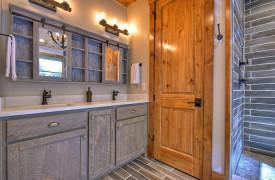 Rustic Retreat | Blue Ridge Luxury Cabin Rentals | Cabin Rentals of Georgia | Exterior