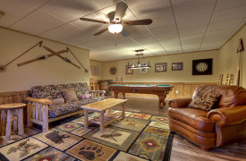 Heartwood Lodge | Cabin Rentals of Georgia | Terrace Level Living Area