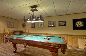 Heartwood Lodge | Cabin Rentals of Georgia | Terrace Level Billiards