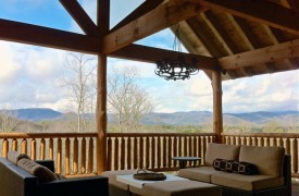 Cadence Ridge | Cabin Rentals of Georgia | Outdoor Sitting Area