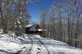 A Rivers Bend | Cabin Rentals of Georgia | Winter Wonderland