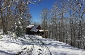 A Rivers Bend | Cabin Rentals of Georgia | Winter Wonderland