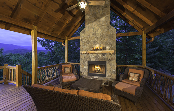 Bella Vista Lodge | Cabin Rentals of Georgia | Blue Ridge Cabin Rentals