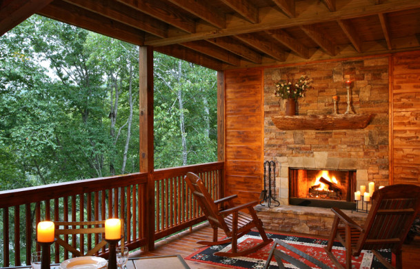 A Rolling River Cabin | Toccoa River Cabin Rentals | Cabin Rentals of Georgia |