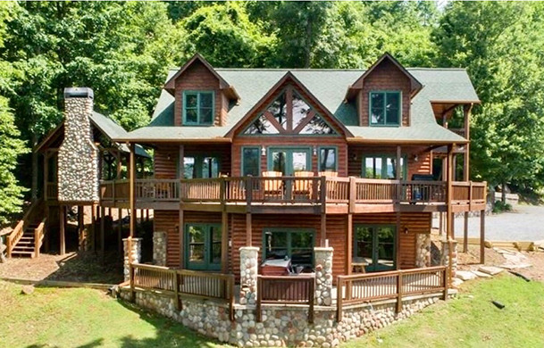Blue Ridge Bliss | Cabin Rentals of Georgia | Exterior Back View