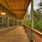 SpaciousDecksw/MountainViews