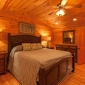 TopFloorKingMasterSuite—PrivateBathroomfeaturesLargeTubw/MountainView